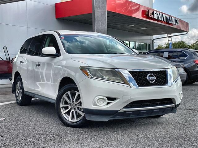 Used 2013 Nissan Pathfinder S for sale $12,990 at Gravity Autos in Roswell GA 30076 1