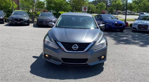 Used 2016 Nissan Altima 2.5 SR for sale $11,992 at Gravity Autos in Roswell GA 30076 3