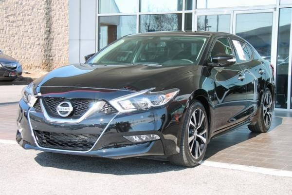 Used 2018 Nissan Maxima Platinum for sale $23,992 at Gravity Autos in Roswell GA 30076 3