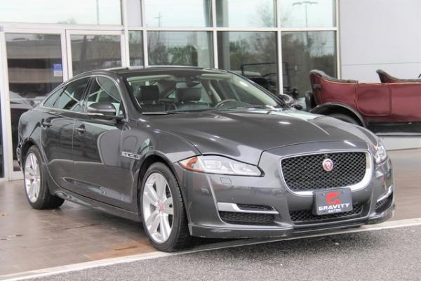 Used 2016 Jaguar XJ R-Sport for sale $28,992 at Gravity Autos in Roswell GA 30076 4