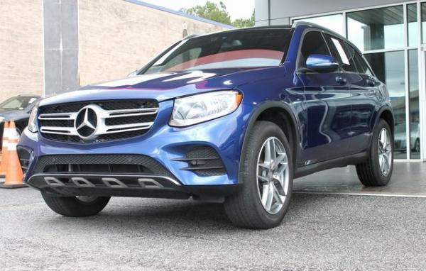 Used 2017 Mercedes-Benz GLC GLC 300 for sale $25,492 at Gravity Autos in Roswell GA 30076 3