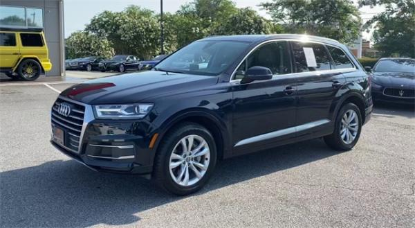 Used 2017 Audi Q7 2.0T Premium for sale $32,492 at Gravity Autos in Roswell GA 30076 4