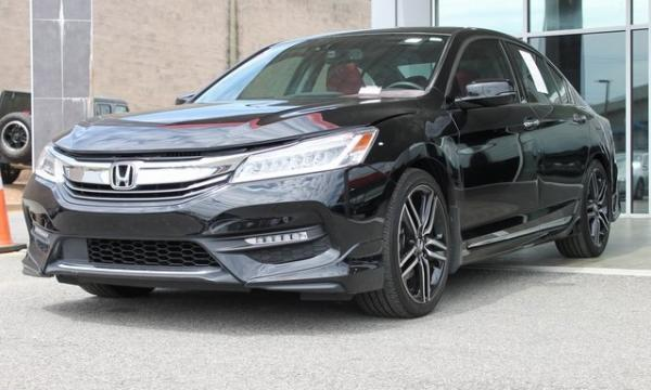 Used 2016 Honda Accord Touring for sale $19,492 at Gravity Autos in Roswell GA 30076 3