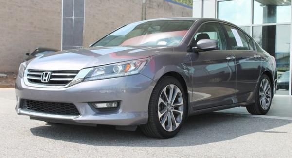 Used 2014 Honda Accord Sport for sale $11,992 at Gravity Autos in Roswell GA 30076 3