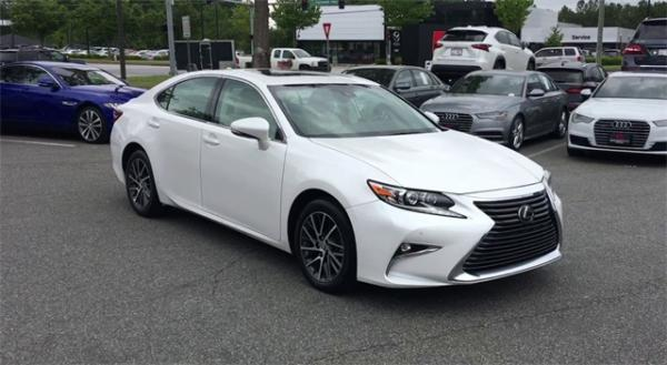 Used 2017 Lexus ES 350 for sale $23,992 at Gravity Autos in Roswell GA 30076 2
