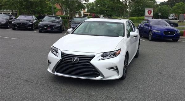 Used 2017 Lexus ES 350 for sale $23,992 at Gravity Autos in Roswell GA 30076 3
