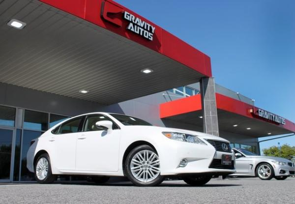 Used 2014 Lexus ES 350 for sale Sold at Gravity Autos in Roswell GA 30076 3