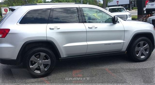 Used 2013 Jeep  Grand Cherokee Loredo for sale Sold at Gravity Autos in Roswell GA 30076 1