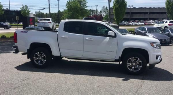 Used 2019 Chevrolet Colorado Z71 for sale $29,492 at Gravity Autos in Roswell GA 30076 3