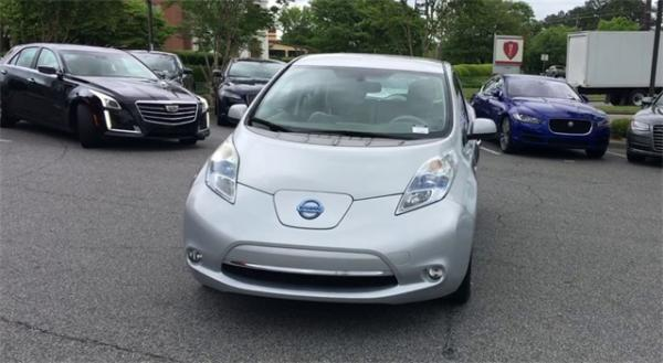 Used 2012 Nissan Leaf SL for sale $7,495 at Gravity Autos in Roswell GA 30076 3