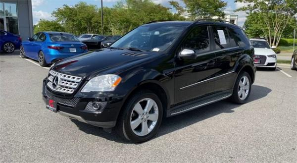 Used 2010 Mercedes-Benz M-Class ML 350 for sale $11,991 at Gravity Autos in Roswell GA 30076 4