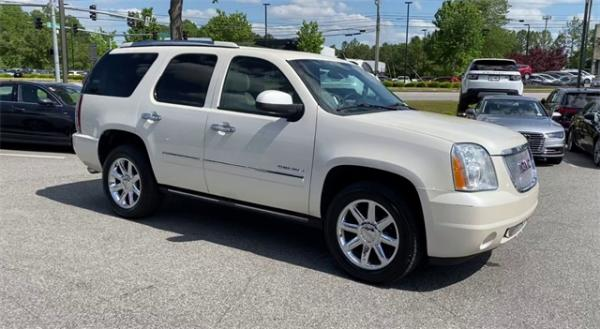Used 2014 GMC Yukon Denali for sale $20,492 at Gravity Autos in Roswell GA 30076 2
