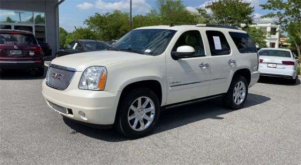 Used 2014 GMC Yukon Denali for sale $20,492 at Gravity Autos in Roswell GA 30076 4