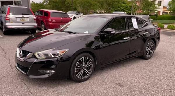 Used 2016 Nissan Maxima Platinum for sale Sold at Gravity Autos in Roswell GA 30076 4