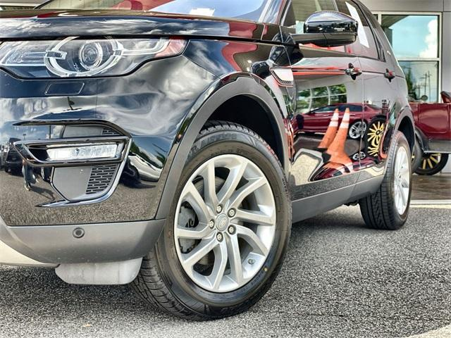 Used 2017 Land Rover Discovery Sport HSE for sale Sold at Gravity Autos Roswell in Roswell GA 30076 10