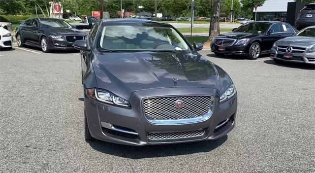 Used 2016 Jaguar XJ XJL Portfolio for sale Sold at Gravity Autos Roswell in Roswell GA 30076 3