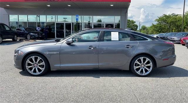 Used 2016 Jaguar XJ XJL Portfolio for sale Sold at Gravity Autos Roswell in Roswell GA 30076 5