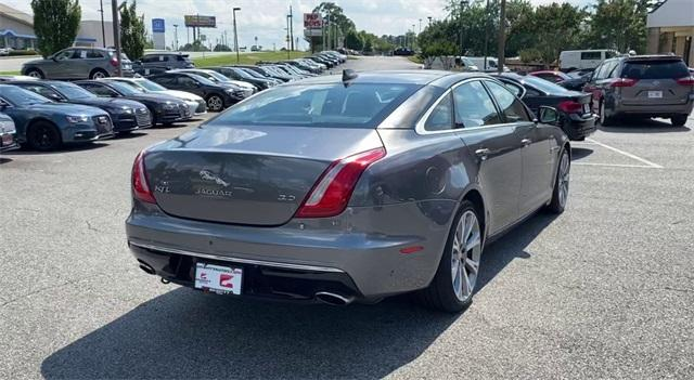 Used 2016 Jaguar XJ XJL Portfolio for sale Sold at Gravity Autos Roswell in Roswell GA 30076 8
