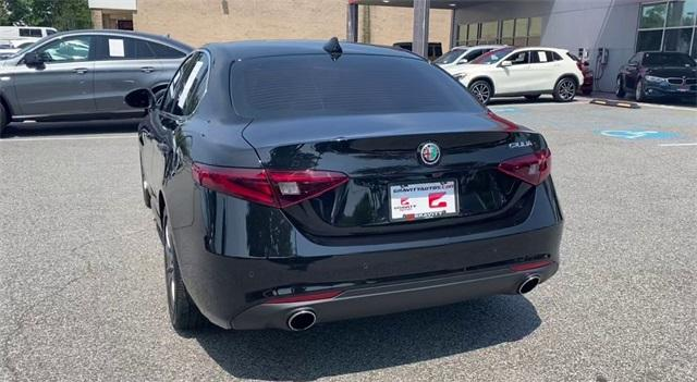 Used 2018 Alfa Romeo Giulia Base for sale Sold at Gravity Autos Roswell in Roswell GA 30076 7