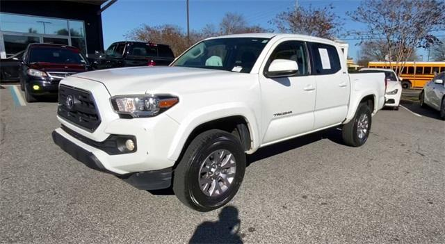 Used 2017 Toyota Tacoma SR5 for sale Sold at Gravity Autos Roswell in Roswell GA 30076 4