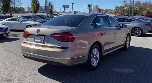 Used 2016 Volkswagen Passat 1.8T R-Line for sale Sold at Gravity Autos Roswell in Roswell GA 30076 8