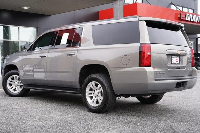 Used 2018 Chevrolet Suburban LT for sale Sold at Gravity Autos Roswell in Roswell GA 30076 10