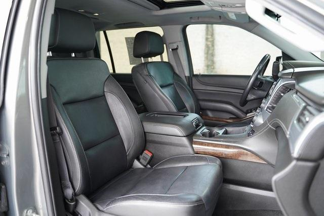 Used 2018 Chevrolet Suburban LT for sale Sold at Gravity Autos Roswell in Roswell GA 30076 29