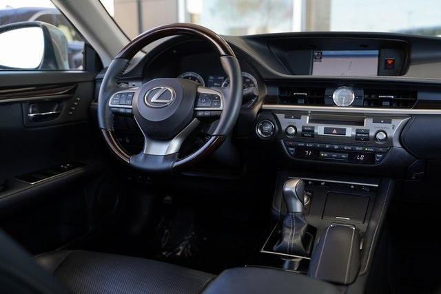 Used 2018 Lexus ES 350 for sale $30,491 at Gravity Autos Roswell in Roswell GA 30076 15