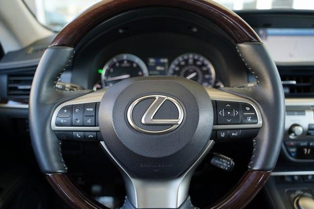 Used 2018 Lexus ES 350 for sale $30,491 at Gravity Autos Roswell in Roswell GA 30076 16