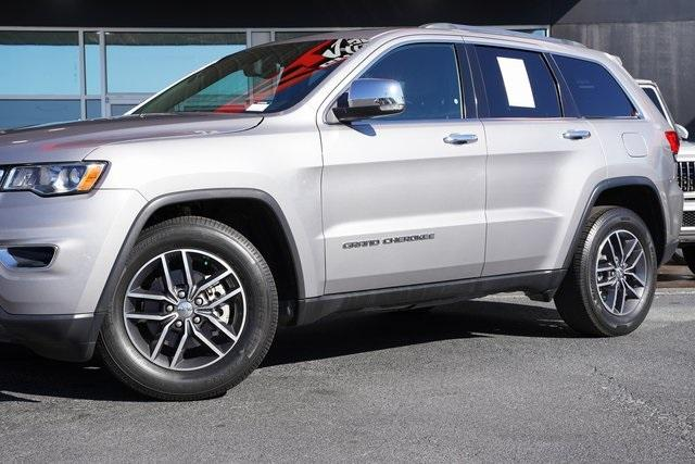 Used 2018 Jeep Grand Cherokee Limited for sale $29,998 at Gravity Autos Roswell in Roswell GA 30076 3