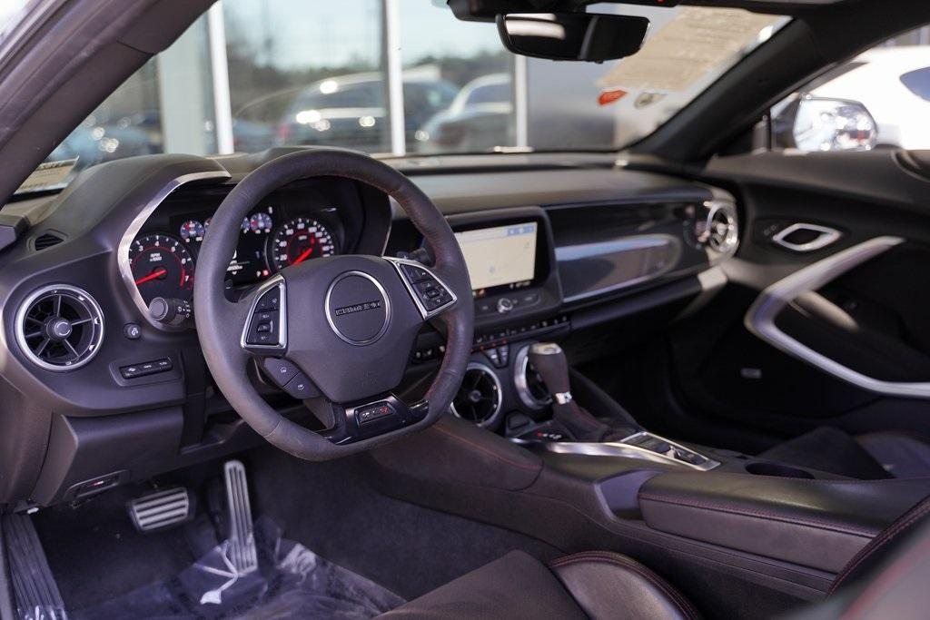 Used 2019 Chevrolet Camaro ZL1 for sale $62,992 at Gravity Autos Roswell in Roswell GA 30076 15
