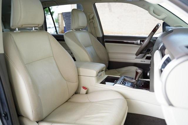 Used 2017 Lexus GX 460 for sale Sold at Gravity Autos Roswell in Roswell GA 30076 31