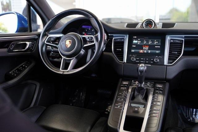 Used 2017 Porsche Macan Base for sale $34,991 at Gravity Autos Roswell in Roswell GA 30076 14