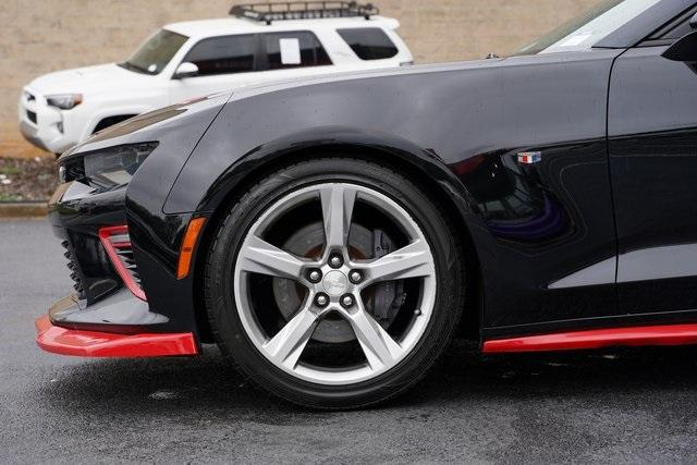 Used 2016 Chevrolet Camaro SS for sale Sold at Gravity Autos Roswell in Roswell GA 30076 10