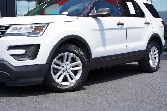 Used 2017 Ford Explorer Base for sale $22,991 at Gravity Autos Roswell in Roswell GA 30076 3