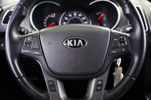 Used 2014 Kia Sorento LX for sale $14,491 at Gravity Autos Roswell in Roswell GA 30076 15