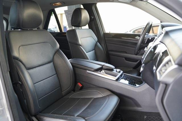 Used 2015 Mercedes-Benz M-Class ML 350 for sale Sold at Gravity Autos Roswell in Roswell GA 30076 28