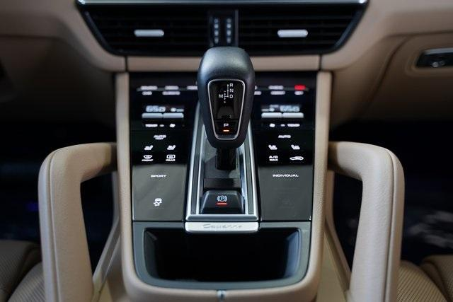 Used 2019 Porsche Cayenne Base for sale $66,991 at Gravity Autos Roswell in Roswell GA 30076 19