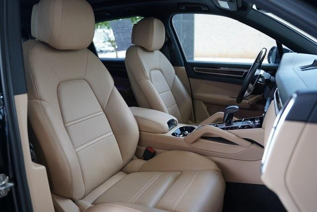 Used 2019 Porsche Cayenne Base for sale $66,991 at Gravity Autos Roswell in Roswell GA 30076 34