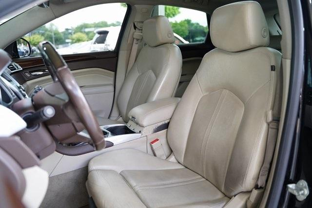 Used 2012 Cadillac SRX Luxury for sale Sold at Gravity Autos Roswell in Roswell GA 30076 27