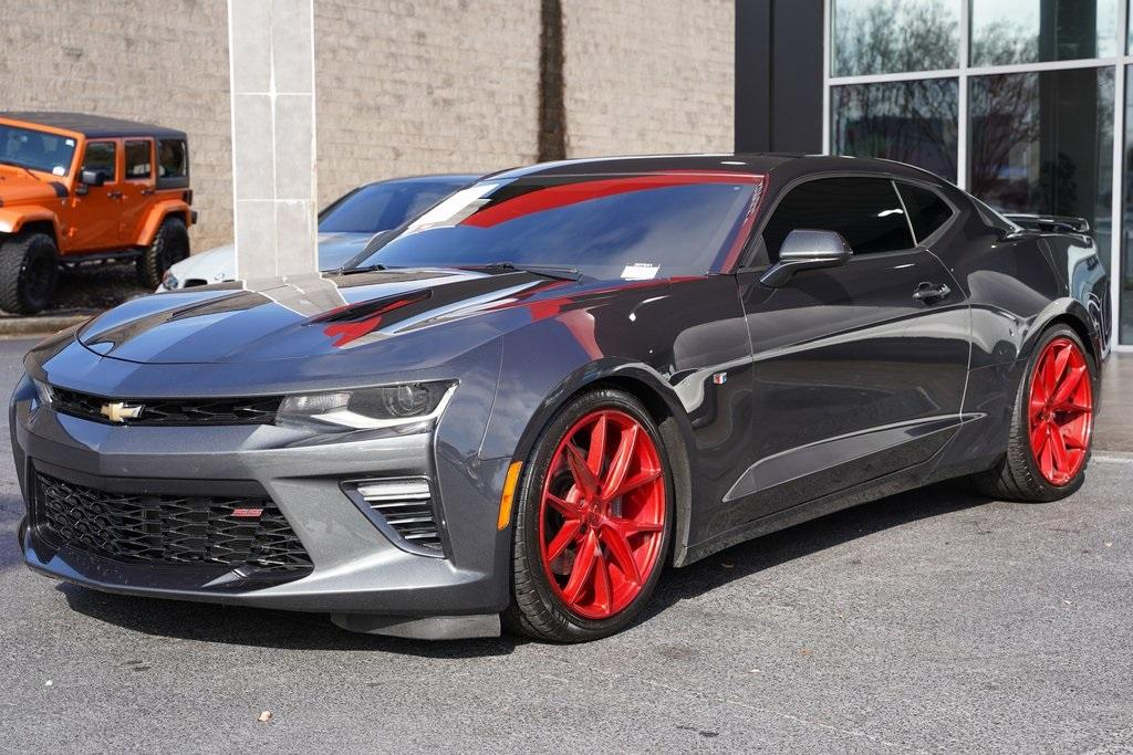 Used 2017 Chevrolet Camaro SS for sale $42,992 at Gravity Autos Roswell in Roswell GA 30076 4