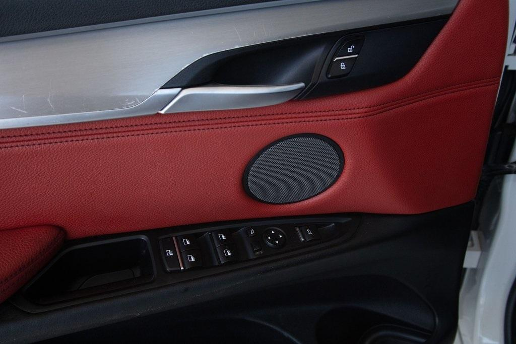 Used 2018 BMW X6 xDrive35i for sale $51,996 at Gravity Autos Roswell in Roswell GA 30076 11