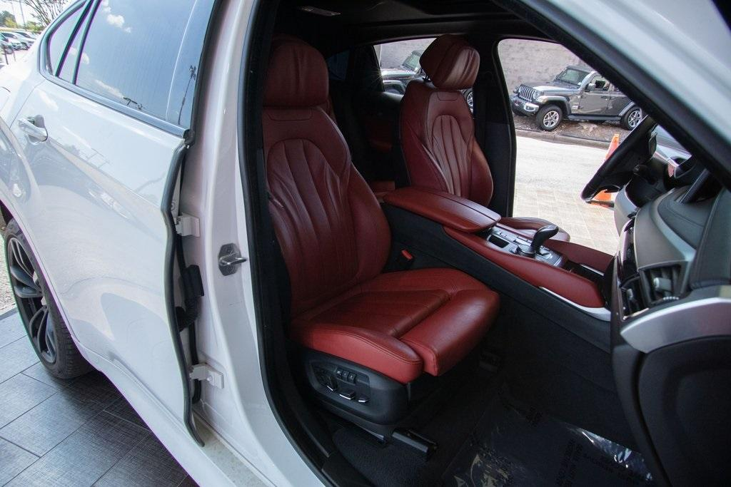 Used 2018 BMW X6 xDrive35i for sale $51,996 at Gravity Autos Roswell in Roswell GA 30076 16