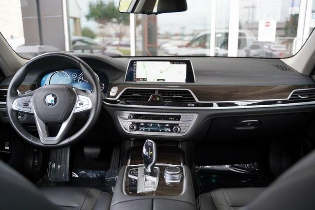 Used 2019 BMW 7 Series 740i for sale $51,991 at Gravity Autos Roswell in Roswell GA 30076 15