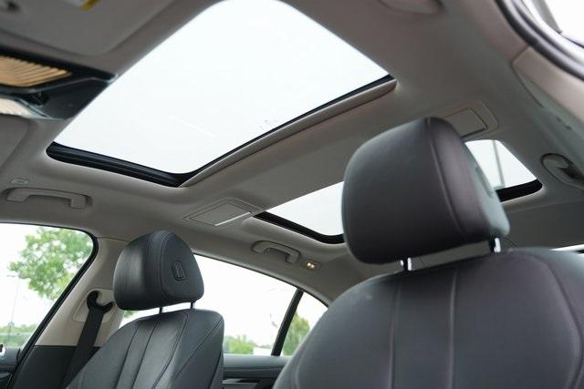 Used 2019 BMW 7 Series 740i for sale $51,991 at Gravity Autos Roswell in Roswell GA 30076 38