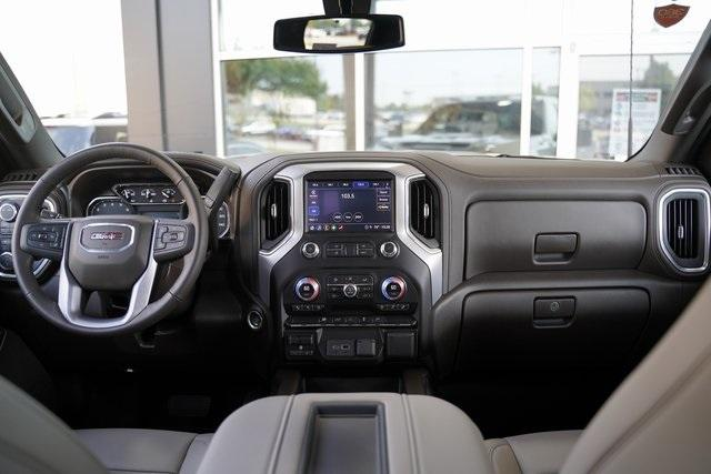 Used 2021 GMC Sierra 2500HD SLT for sale $76,991 at Gravity Autos Roswell in Roswell GA 30076 20