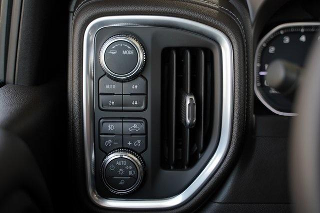 Used 2021 GMC Sierra 2500HD SLT for sale $76,991 at Gravity Autos Roswell in Roswell GA 30076 36