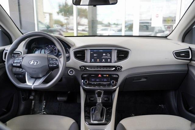Used 2018 Hyundai Ioniq Hybrid Blue for sale Sold at Gravity Autos Roswell in Roswell GA 30076 16