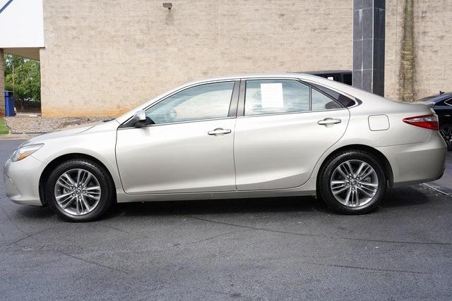 Used 2017 Toyota Camry SE for sale $18,991 at Gravity Autos Roswell in Roswell GA 30076 4