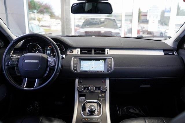 Used 2017 Land Rover Range Rover Evoque SE Premium for sale $32,992 at Gravity Autos Roswell in Roswell GA 30076 15